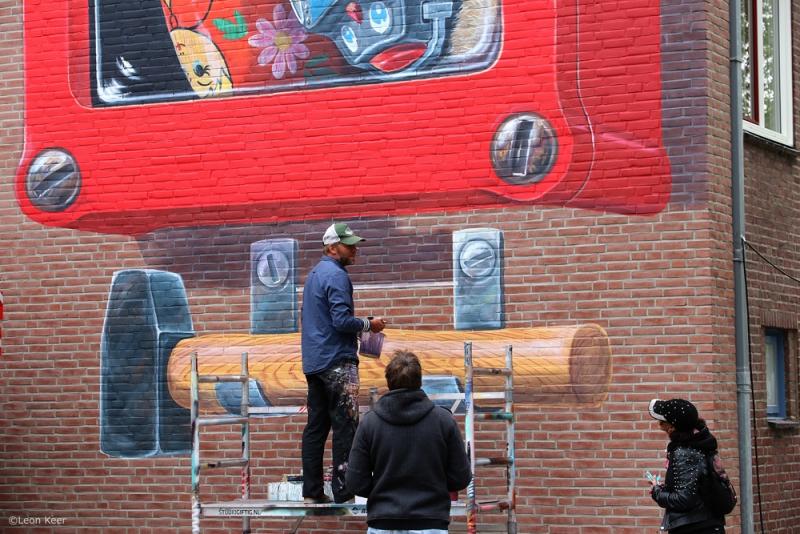 leonkeer-mural-ifwallscouldspeak-streetart