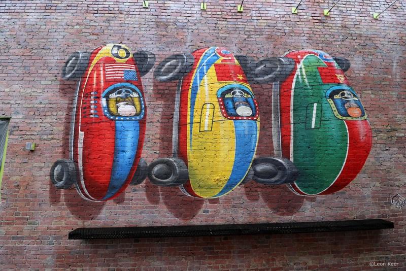 mural-anamorphic-leonkeer-3d-toycars