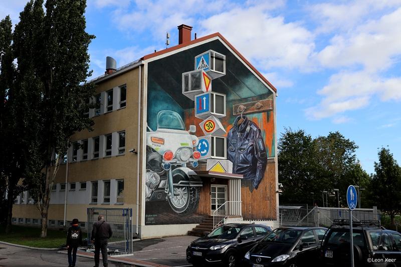 mural-police-leonkeer-salo-finland