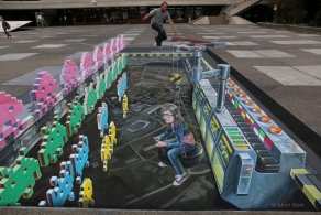 3D street art Space Invaders