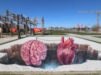 balance-heart-mind-leonkeer-3d-streetart