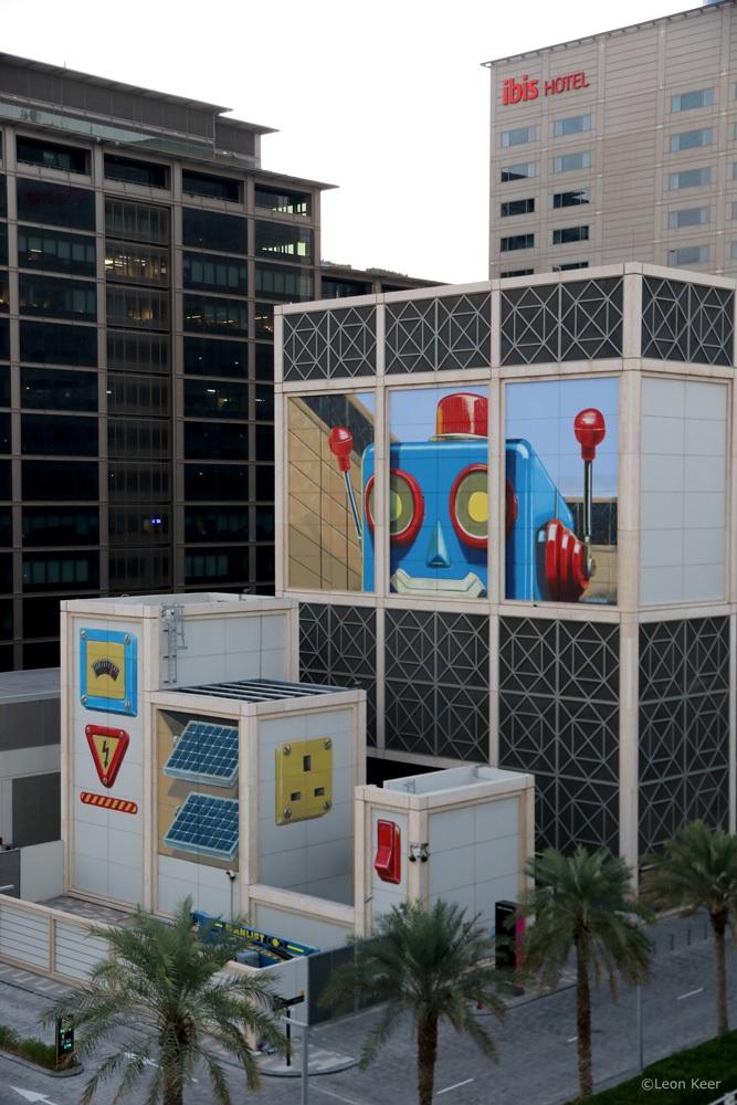 mural-3d-leonkeer-dubai-robot-energy-switch-button