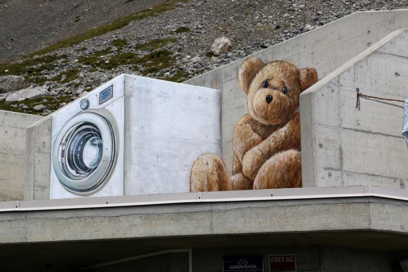crans-montana-bear-3d-art