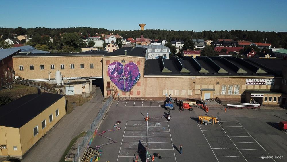 drone-leonkeer-heart-wrapped-streetarteverywhere