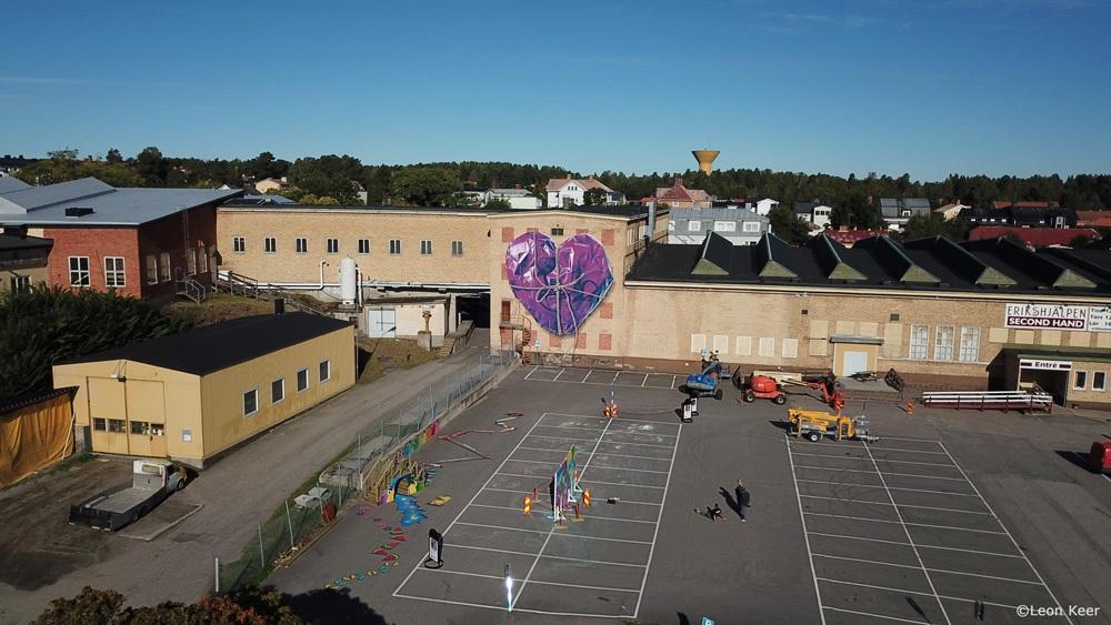 drone-purple-heart-rope-soderhamn-present-gift-wallpainting