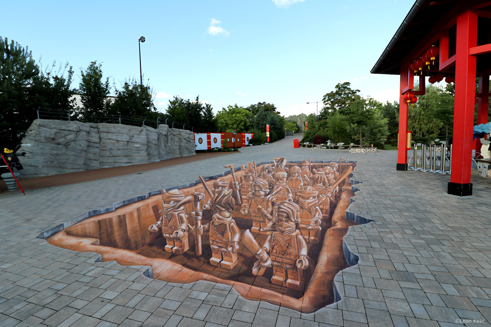 Ninjago-terracotta-army-by-leonkeer-3d-streetart