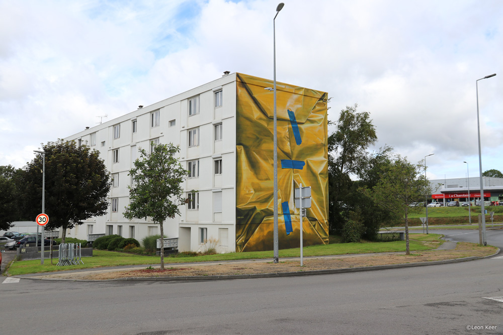 mural-leonkeer-art-morlaix-graffiti-package-wrapped