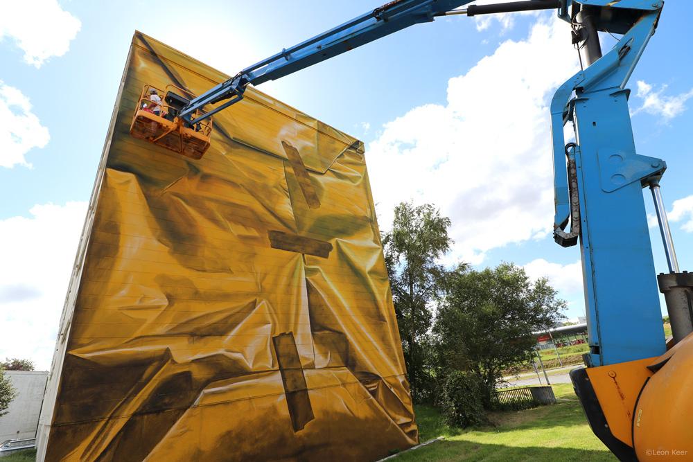 wip-leonkeer-package-wallpainting-mural